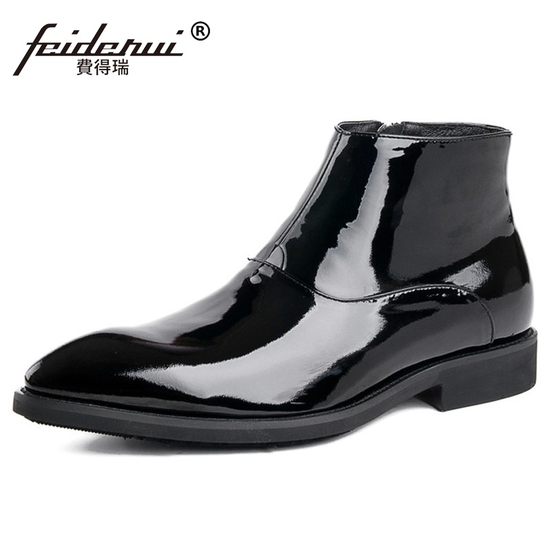 New Arrival Luxury Man Outdoor Wedding Shoes Patent Leather Pointed Toe Zipper Mens Designer Cowboy Martin Ankle Boots DK64