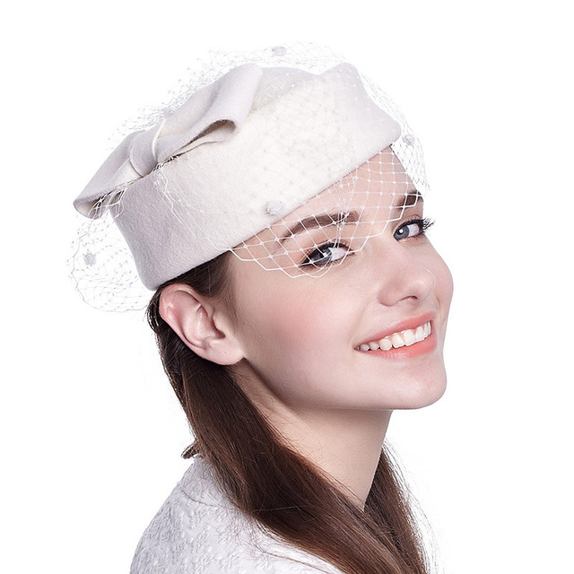קלאסי צמר מגבעות לבד Felt הפילבוקס כובע צעיף קשת נשים שמלת Fascinator כובע חתונה כובע גבירותיי דרבי המפלגה בארה ב שחור לבן