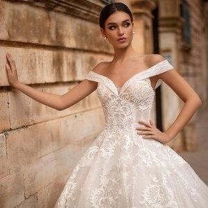 Image 4 - Eightree Elegant Off the Shoulder Ball Gown Sweetheart Appliques Wedding Dress Princess Vestidos De Fiesta De Noche Big Tail