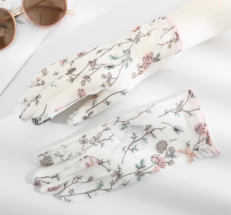 Women's Spring Summer Transparent Lace Gloves Female Uv Protection Breathable Touchscreen Sunscreen Driving Glove R1493