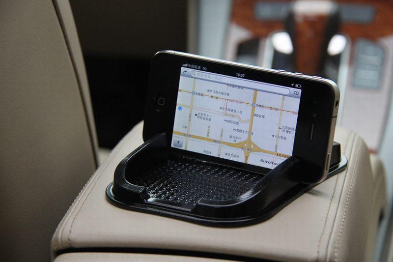 HTB1rfAzLXXXXXauXFXXq6xXFXXXd - Black Car Dashboard Sticky Pad Mat Anti Non Slip Gadget Mobile Phone GPS Holder Interior Accessories soporte For meizu m2 mini