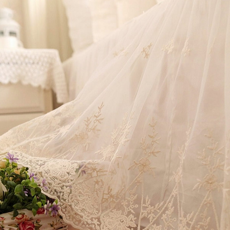 European handmade deluxe embroidered bedspread double layers cotton fabric with lace yarn bedskirt for wedding decoration