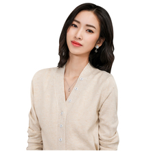 цена на LHZSYY Spring Autumn New Women' Cashmere Cardigan Fashion Single-Breasted V-neck Solid color Wool Knit Sweater Short Wild Blouse