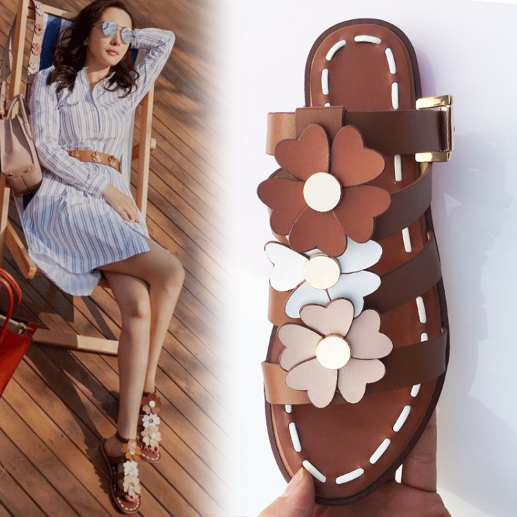 2017 New Summer Flower Sandals Shoes Woman Flat Casual Gladiator Sandals Designer Woman Slide Beach Sandals Woman Shoes Big size