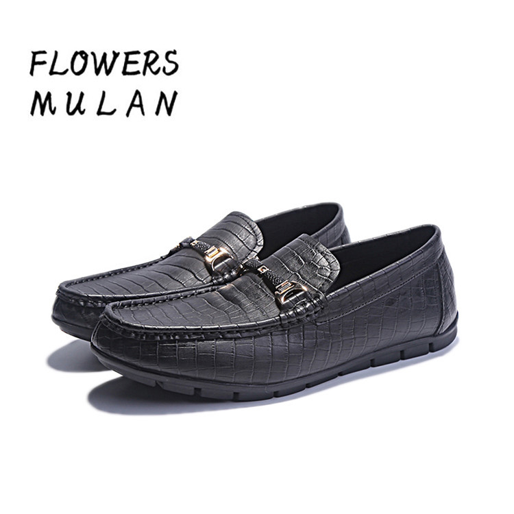 Здесь продается  Fashion New Name Brand Men Casual Shoes Black crocodile Pattern Leather Upper Man Loafers Gold Horsebit Slip On Leisure Footwear  Обувь