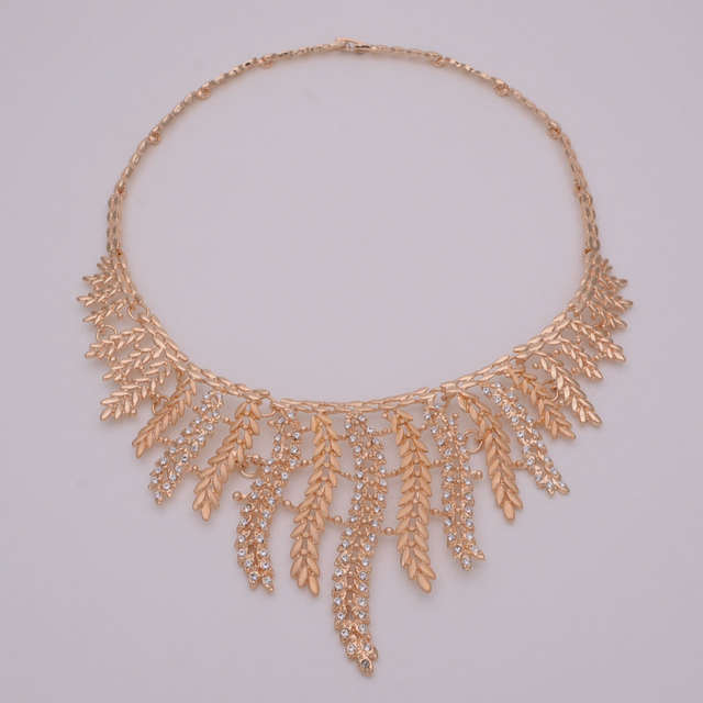 ffe3e9481716d Fashion Bridal Jewelry Sets for Women Dubai Gold Coin Jewellery Wedding  Necklace Earrings African Beads Jewelry Set J340
