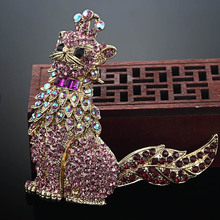 Blucome Luxury Brand Austrian Crystal Cat Brooch Pins For Women Anniversary Jewelry Vintage Hijab Accessories Broch Broaches