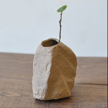 Modern ceramic vase Tabletop small flower hydroponic Home Decoration creative  stone Mini vases Furnishing articles