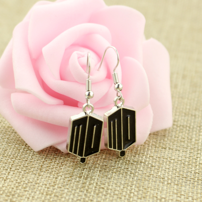 Wholesale TARDIS Doctor Who Earrings For Women Vintage Movie Jewelry Free Shipping Women Accessories