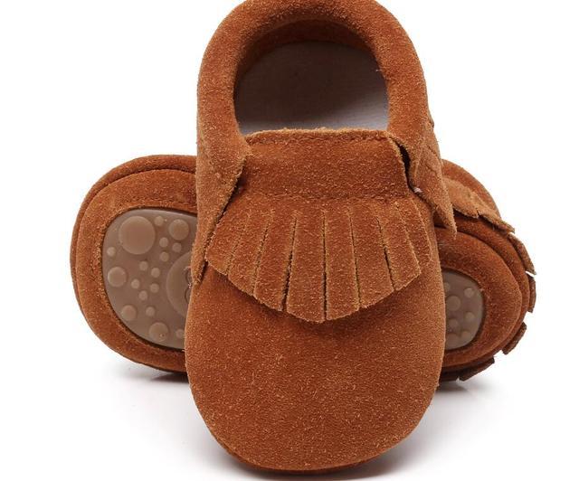 Новый горячее надувательство подлинной замши Детские мокасины обувь бахромой сплошной жесткий Резиновая подошва детская обувь первые ходок малышей детские сапоги