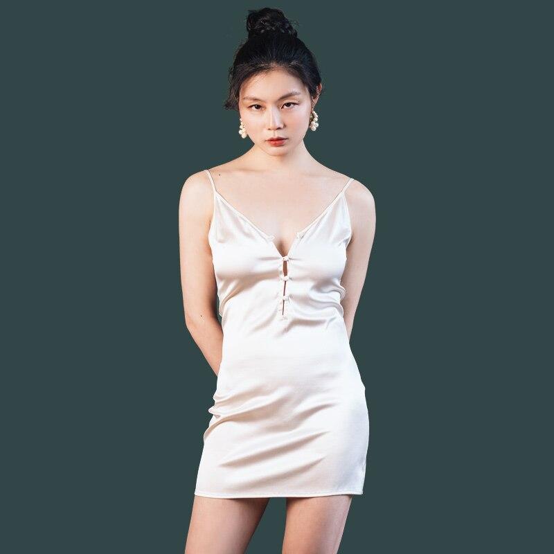 7390f6b3c3 Women 100% Real Silk Nightgowns Sexy Lingerie V Neck Nightdress Sleepwear  Night Dresses Gown Mulberry Silk Nightgowns for Women-in Nightgowns    Sleepshirts ...