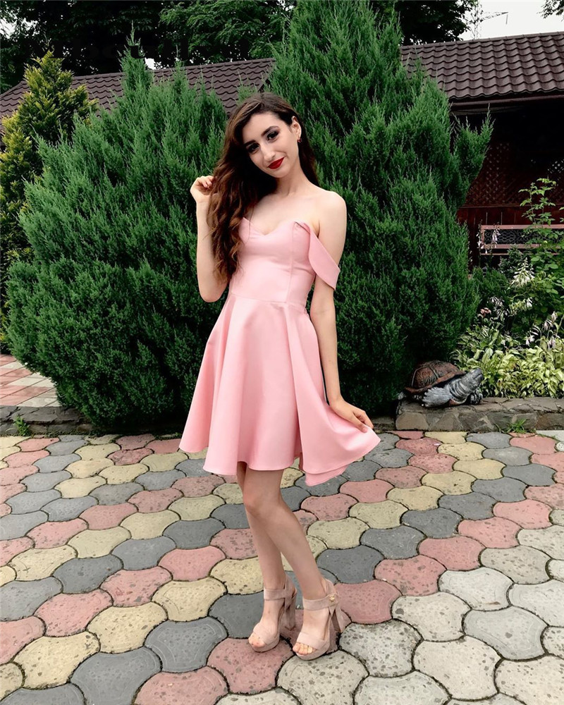 Mbcullyd Pink Off Shoulder   Prom     Dresses   2019 Sexy Off Shoulder Short Mini Graduation   Dress   Cheap Plus Size vestido de formatura