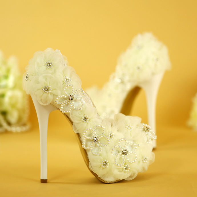 ФОТО AVVVXBW Women's Wedding Shoes Pearl White Color High Heels Single Shoes Lace Flowers Bride Sweet Princess Party Shoes Pumps