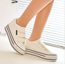 2016 New Women Canvas Casual Shoes Breathable Women's Flat Shoes Classic white black blue red of thick crust