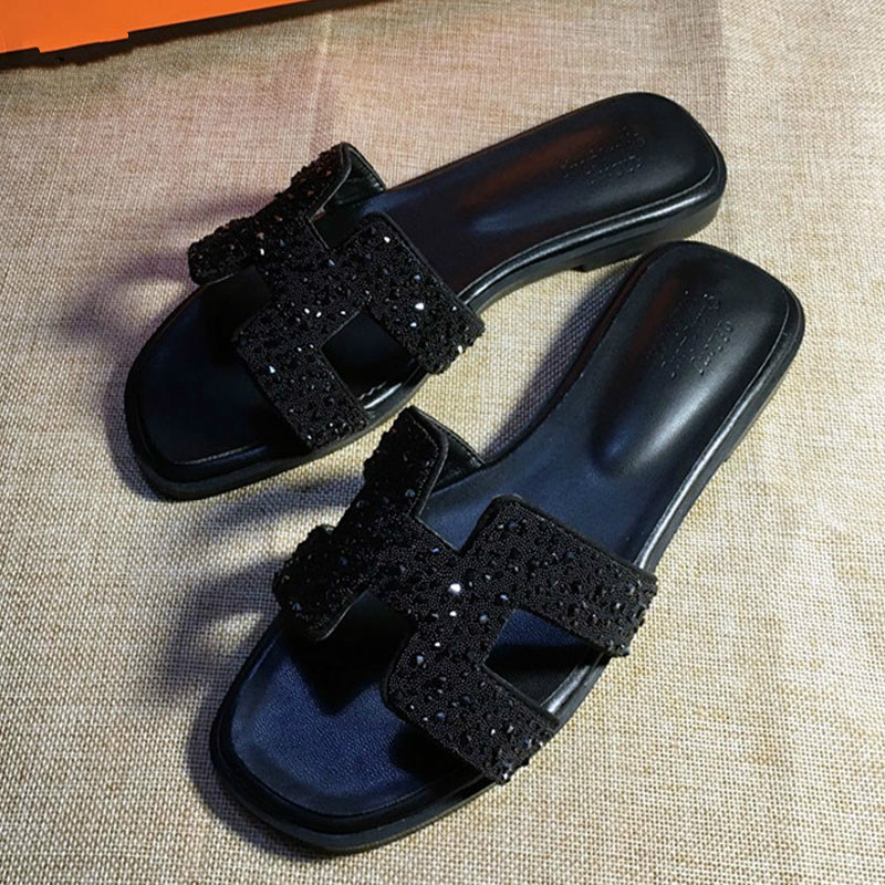 New crystal slippers cut out summer beach sandals Fashion women slides outdoor slippers indoor slip ons flip flops plus size
