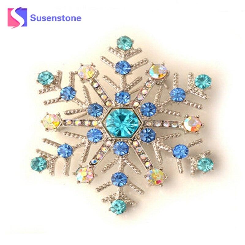 Hot 2018 Snowflake Charms Pendants Pins Christmas Brooch Women Brooches Pins Decoration Xmas Merry Xmas Gifts Hot Sales