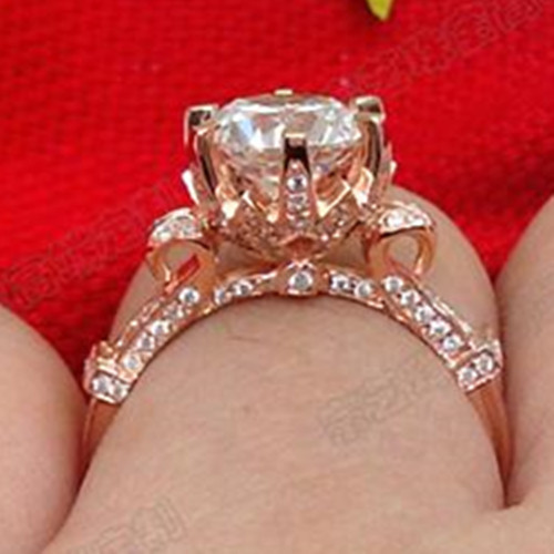 Real 750 Rose Gold Noble Designer Customized Jewelry 5CT Synthetic