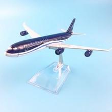 16 送料無料 センチメートルアゼルバイジャン金属合金モデル飛行機航空機模型玩具飛行機誕生日ギフト