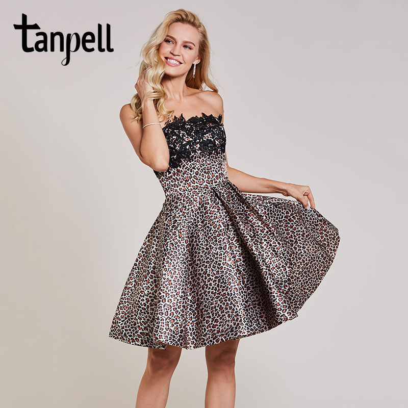 Tanpell strapless cocktail dress black sleeveless appliques knee length a line gown women ruched short party cocktail dresses