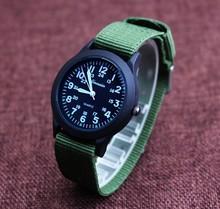 2017 новое прибытие милый нейлоновый ремешок смотреть день рождения Рождественский подарок девушки парни наручные часы Y1158