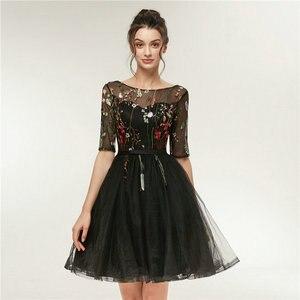 Image 3 - 빠른 배송 저렴한 여성 아이보리 짧은 댄스 파티 드레스 2020 섹시한 블랙 댄스 파티 드레스 특종 얇은 명주 그물 자수 레이스 저녁 파티 가운