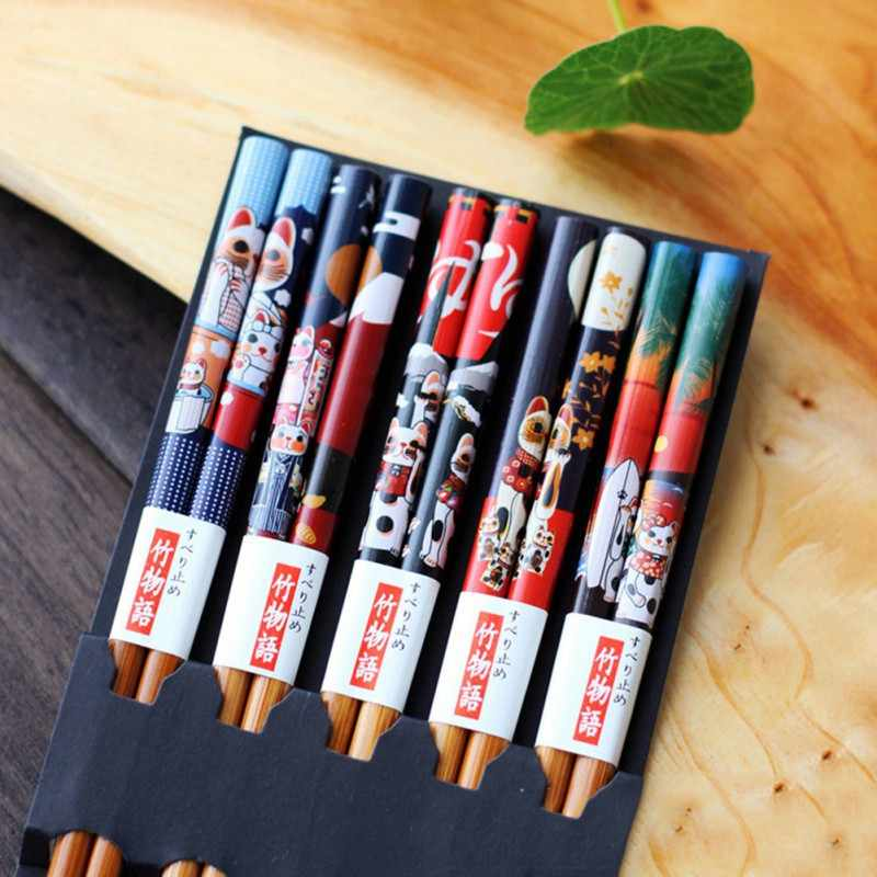 5 Pairs Useful Japanese Style Bamboo Chopsticks Reusable Lucky Cat Pattern Chopstick For Gift For Fiends