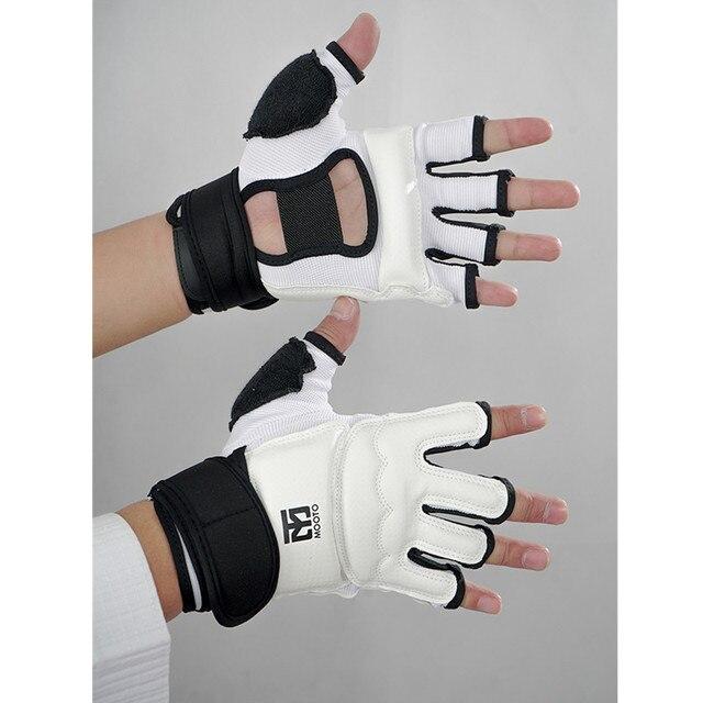 MOOTO Высокое качество frighting Тхэквондо перчатки для рук защитные колодки каратэ ММА половины пальцев боксерские перчатки Tae kwon do палм гвардии