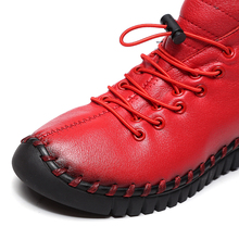 O16U New women Genuine Leather Boots Vintage Style Flat Booties Soft Cowhide Women's Shoes side Zip Ankle Boots Female Winter