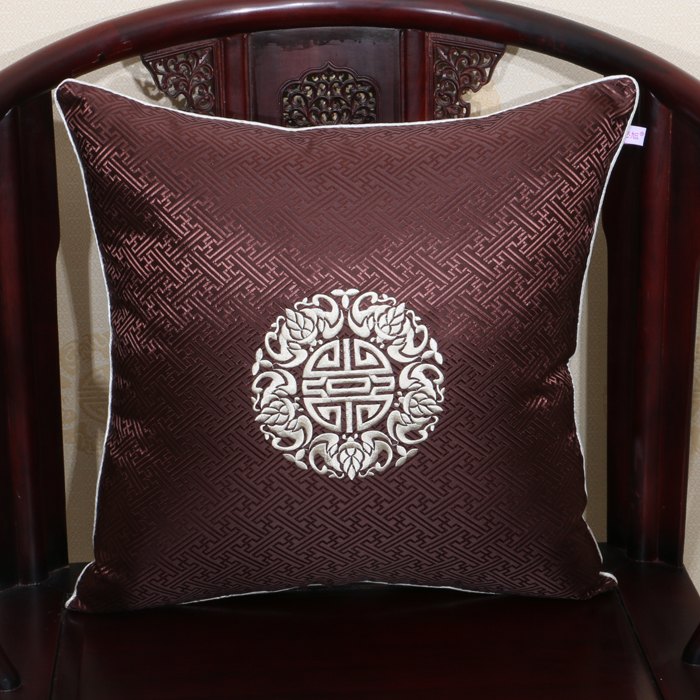 Fine Embroidered Joyous Chinese Silk Cushion Covers for Sofa Chair Christmas Decorations Pillowcase Luxury Pillow Covers