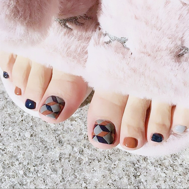 Autumn warm hit pure color with Hombic false nails for toe cute toe ...