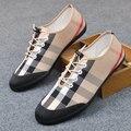 Горячие продажи мужчины мокасины плед печати скольжения на холст обувь на плоской повседневная обувь вождения мокасины бизнес обувь размер 39-44