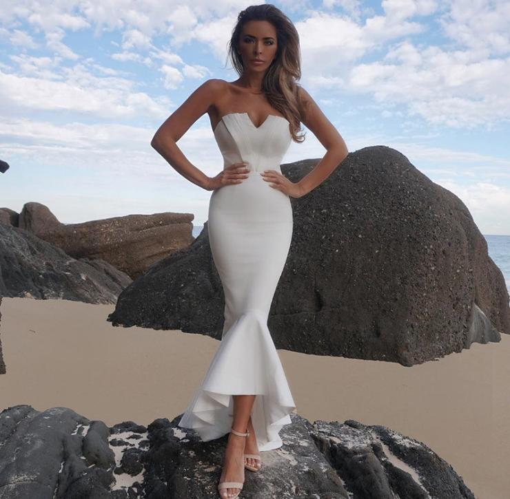 Yesexy 2019 summer Solid color  v neck sleeveless backless Tight Sexy Dress Wrapped mermaid dress VR90006