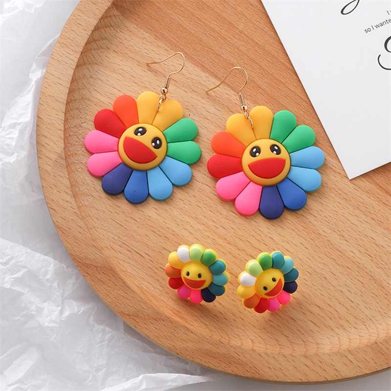 Japanese and Korean fashion colorful flower smiley earrings sweet sun flower silicon Earrings Women Summer Jewelry Accessories