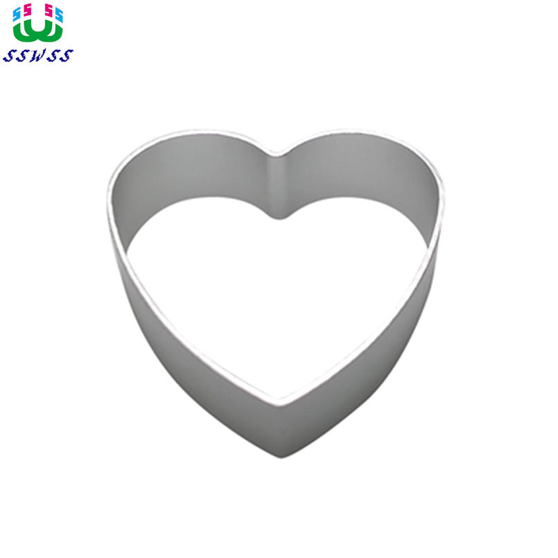 Free Shipping,Little Heart-shaped Patterns Cake Decorating Fondant Cutters Tools,Chocolates Cake Baking Molds.