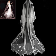 Wholesale Modern Ivory White Long Veil Bride Tulle Bud Silk Small Flower Yarn Cathedral Wedding Dress Accessories