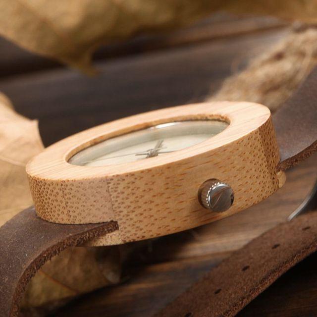 Zegarek drewniany Amuda Stylish Round dwa kolory