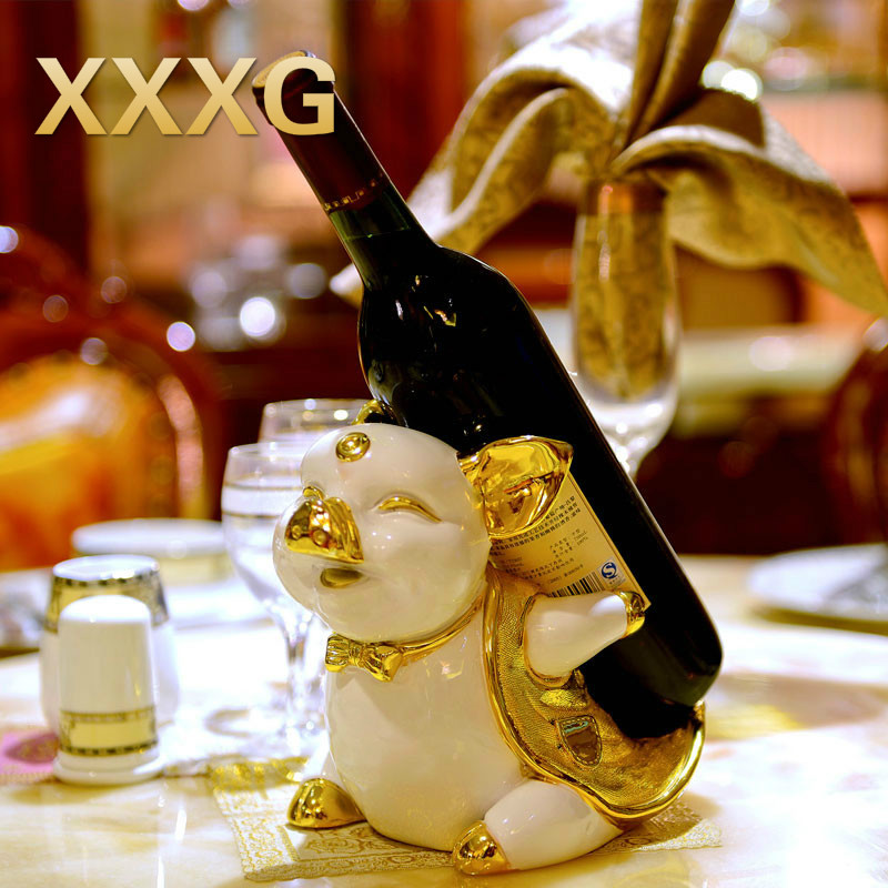 Xxxg creative wine rack cabinet decor decoration pig for Wine shop decoration