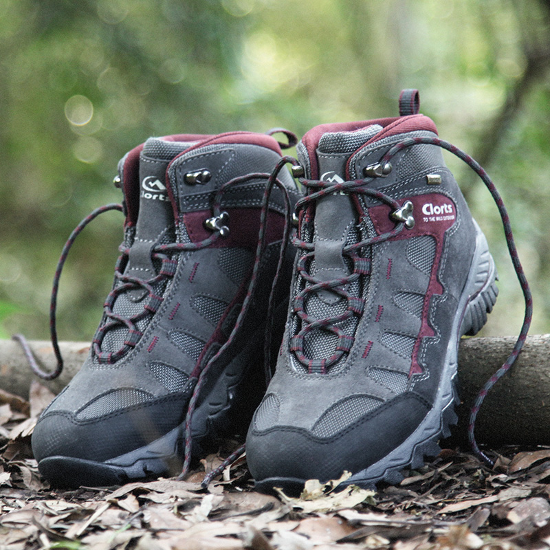 Clorts Men Climbing Shoes Outdoor Shoes Cow Suede Hiking Boots Waterproof Trekking Shoes Breathable Winter Sneakers HKM-823Clorts Men Climbing Shoes Outdoor Shoes Cow Suede Hiking Boots Waterproof Trekking Shoes Breathable Winter Sneakers HKM-823