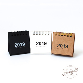 64*68mm New year Calendar 2019 fashion simple lovely Mini Table Calendars vintage kraft paper Desk Calendar Office School Supply