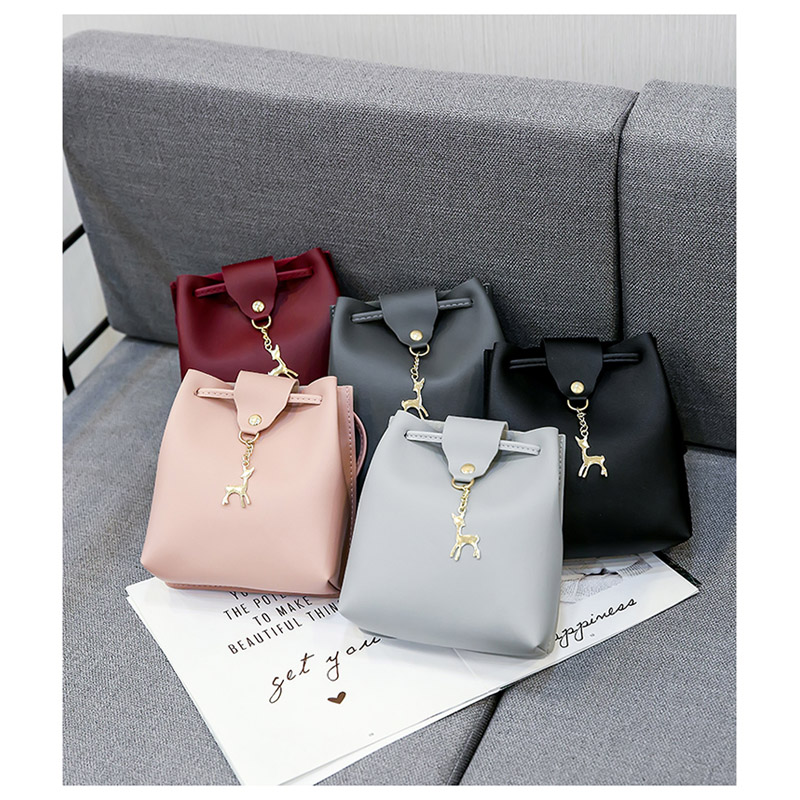 Fashion simple ladies Messenger bag PU leather mini deer hanging mobile phone bag girl Korean version of the shoulder bag in Shoulder Bags from Luggage Bags