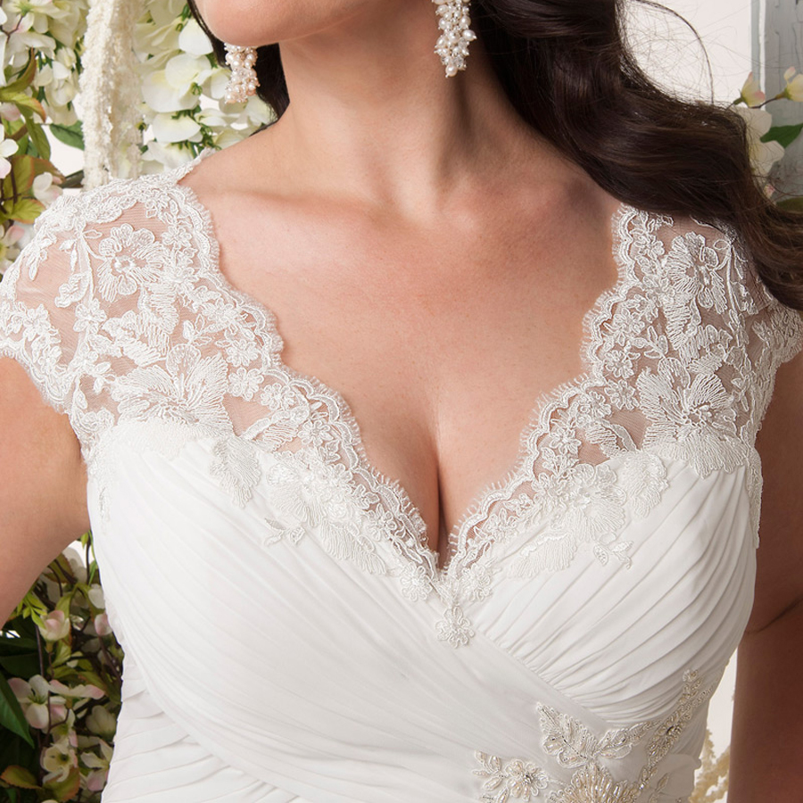 Image 4 - Elegant Plus Size Wedding Dresses V neck Cap Sleeves Robe de Mariage 2019 Sweep Train Appliqued Open Back Chiffon Bridal Gown-in Wedding Dresses from Weddings & Events