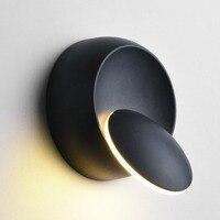 Modern LED Wall Lamp 360 Degree Rotation Adjustable Bedside Light Black/White Creative Wall Lamp Aisle Round Lamp Home Decor