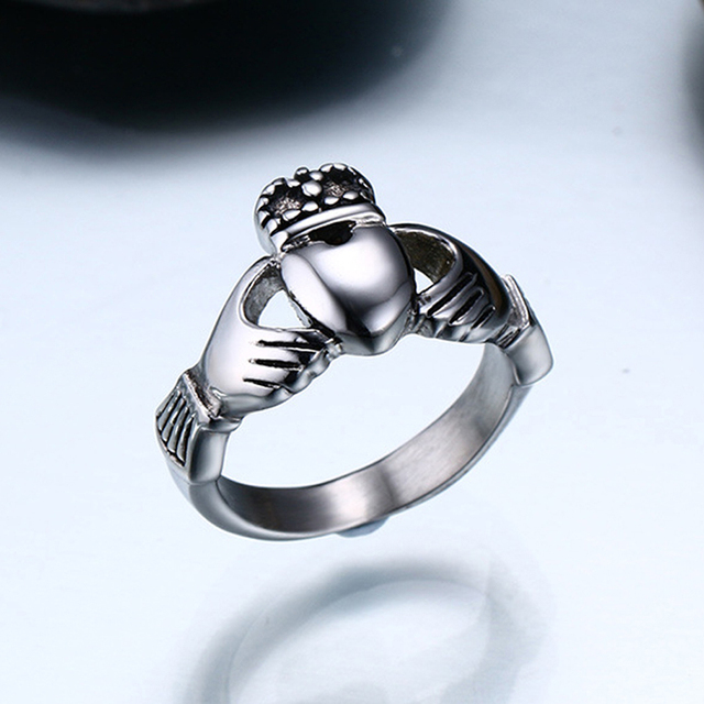 Claddagh Rings The Irish Wedding Claddagh Ring My Hands Give You My Heart 2