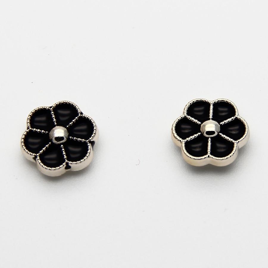 2 Sets Unisex Zinc Alloy Trendy Black And White Flower Magnetic Clip Earrings  Magnet Magic Earrings
