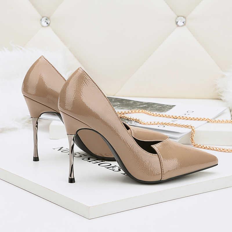 0fab4b1286 2018 Women 9cm Metal High Heels Bridal Scarpins Leather Pumps Female  Wedding Heels Lady Valentine Leather Nude Brown Shoes
