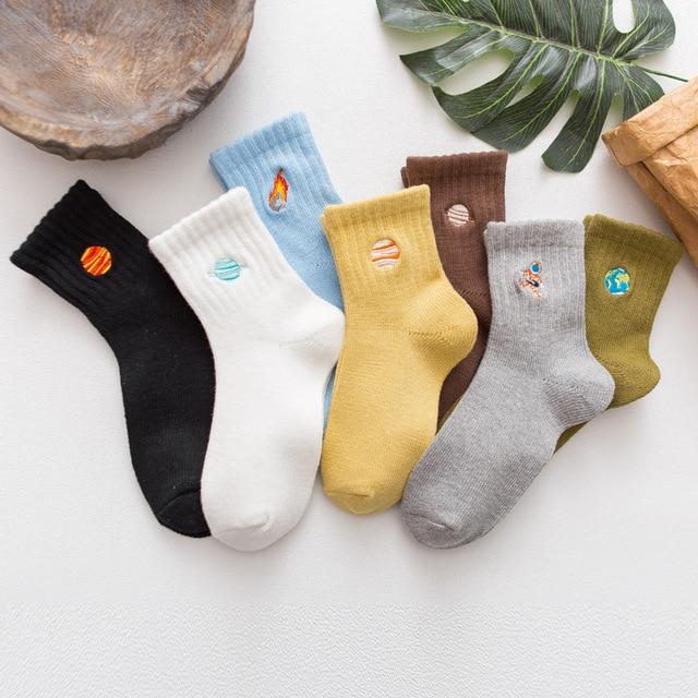 New autumn winter women socks Japanese cartoon embroidery planet astronaut rocket space patterned cotton unisex socks couple sox 3