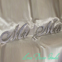 "6"" Mr & Mrs Sign Sweetheart table wedding sign Swarovski Crystal ""Mr & Mrs"" standing Mr & Mrs sign(China)"