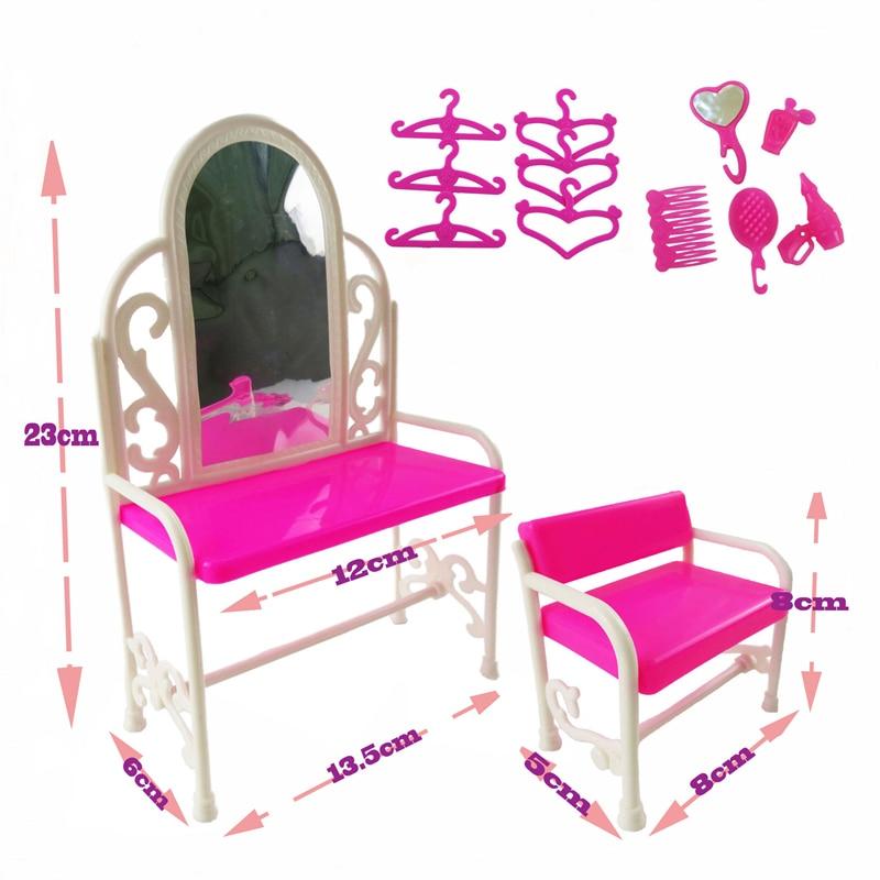 Gratis frakt 3 objekt / parti dockor möbler docka + klädbord + - Dockor och tillbehör - Foto 4