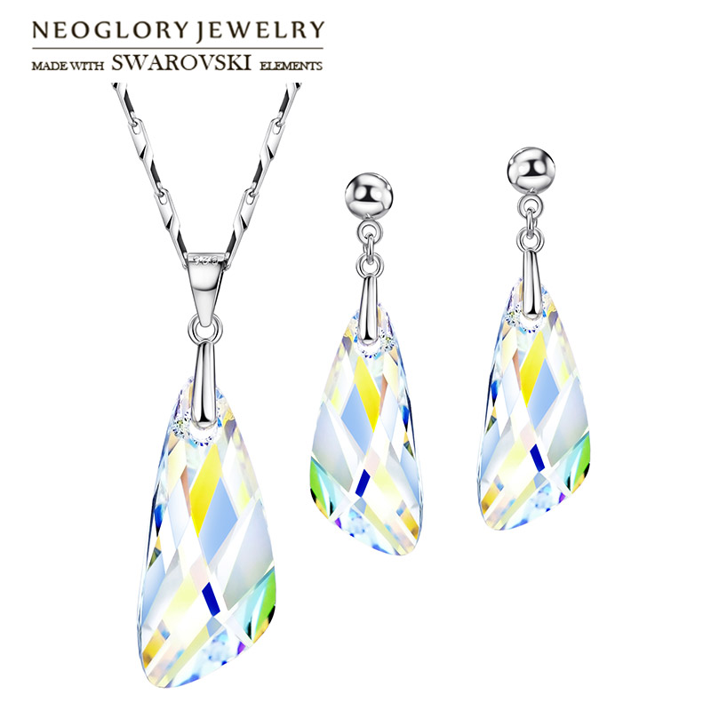 Neoglory MADE WITH SWAROVSKI ELEMENTS Crystal Jewelry Set Classic Geometric Style S925 Silver Plated Necklace & Earrings Lady geometric shaped silver plated blue diamond earrings