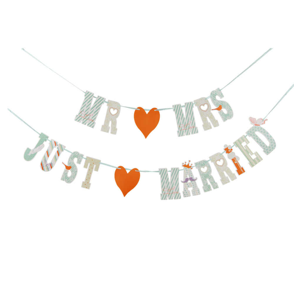 MR AND MRS JUST MARRIED Wedding Banner Party Decoration Set Wedding Bunting Garland Photo Prop for Table Car Decorations